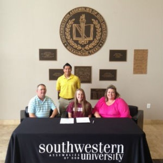 Lady Lions sign standout runner