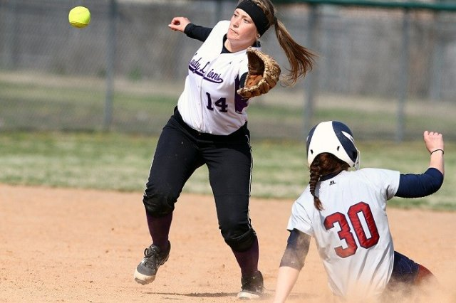 SAGU softball sweeps Southwestern Christian in SAC victory